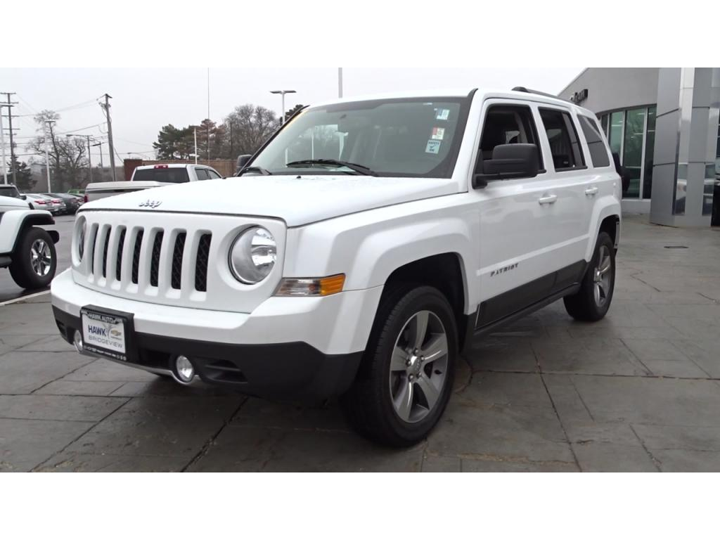 Pre Owned 2017 Jeep Patriot High Alude 4wd