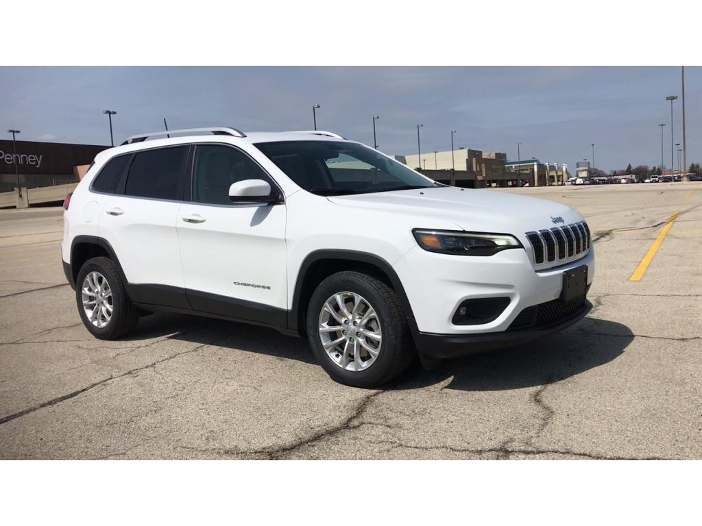 NEW 2019 JEEP CHEROKEE LATITUDE FWD -  Bright White Clear Coat Exterior Paint