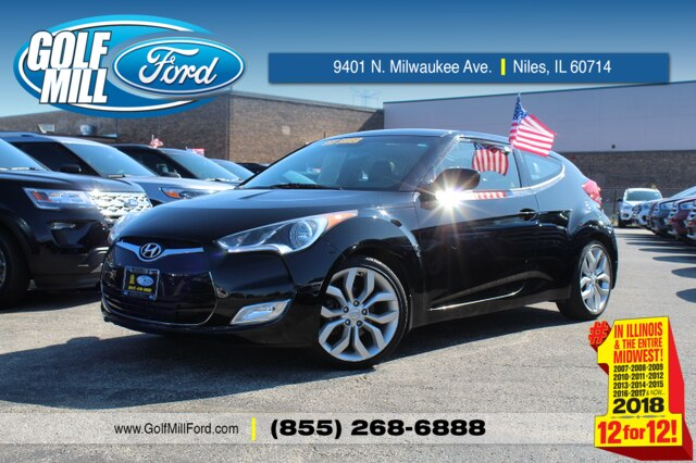 Pre-Owned 2013 Hyundai Veloster w/Black