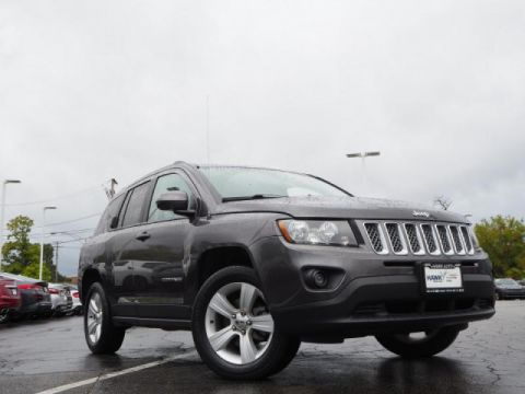Certified Pre-Owned 2017 Jeep Compass 4WD Latitude