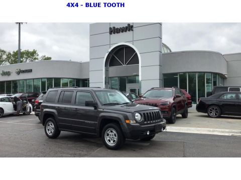 Pre-Owned 2017 Jeep Patriot Sport 4WD