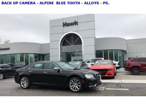 Pre-Owned 2018 Chrysler 300C Limited